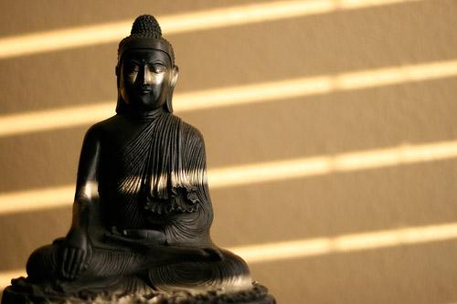 статуя для медитации